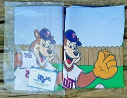 Minnesota Twins TC Bear Set of 2 Pillowcases 1 New 1 Opened