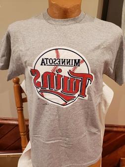 SWEET Minnesota Twins Men's Sz Md Grey Old Logo STITCHES T-S